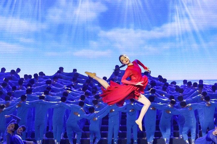 15-舞蹈《向海而歌》 (2).jpg
